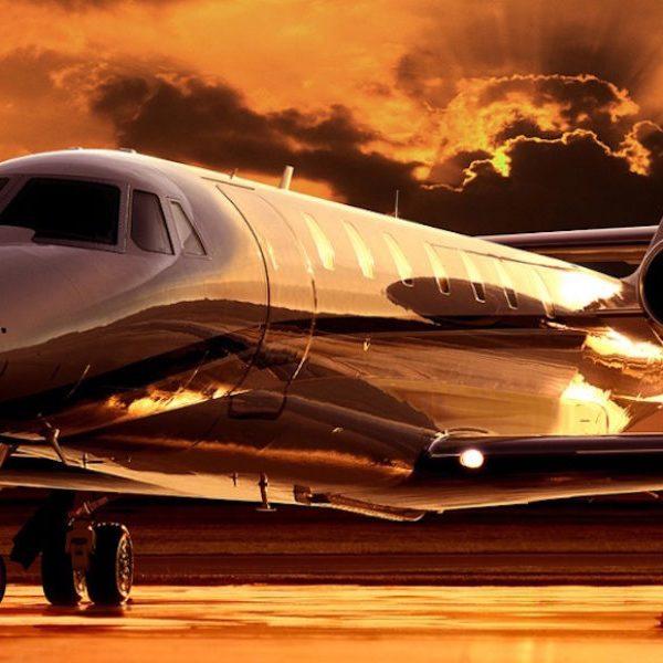Sovereign6Desert-Jet-provides-private-jet-charter-flights-and-aircraft-management-resize-900x600-c-center